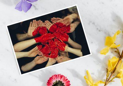 Écrire des cartes postales d'amour